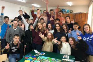 Ученики владивостокской школы примерили на себя роль генерал-губернатора