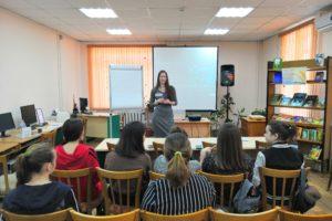 Участники «Волонтёрской мастерской» из Артема станут помощниками слабовидящих и незрячих детей